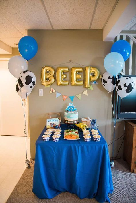 Little Blue Truck Birthday Party Ideas | Photo 2 of 36