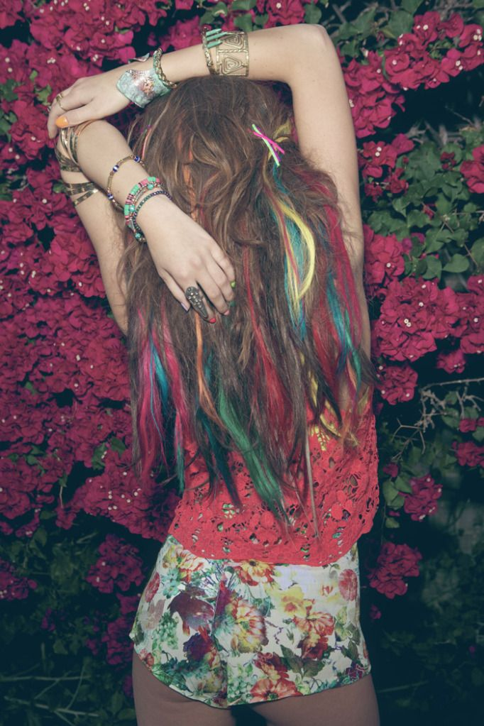 .: Hair Ideas, Rainbows Hair, Hair Colors, Bohemian Braids, Dreams Hair, Hair Chalk, Chalk Pastel, Rainbows Highlights, Colors Hair