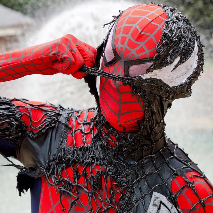картинки с красным и черным человеком пауком все времена