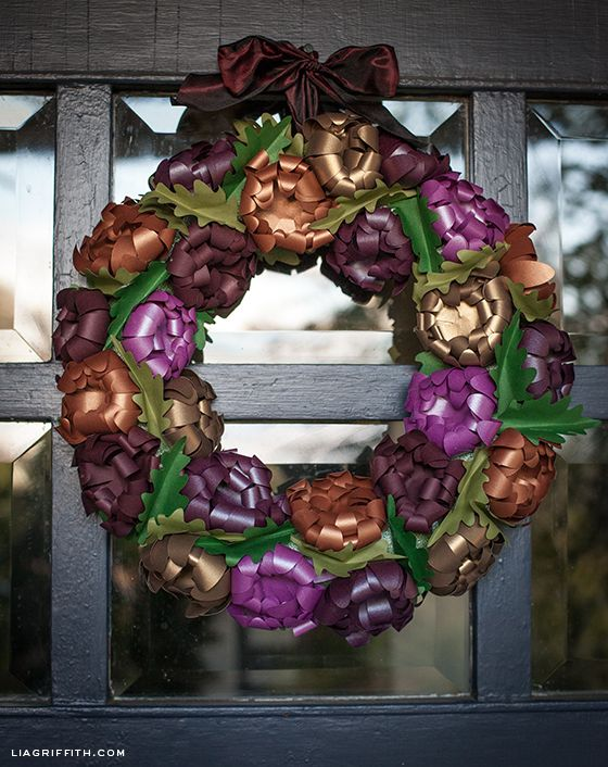 Using Paper Mums to Make This Gorgeous Fall Wreath
