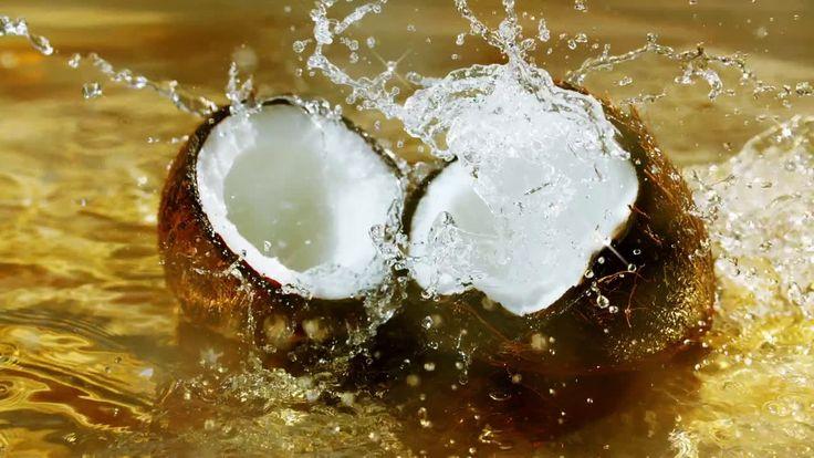 AbanCommercials: CÎROC TV Commercial  • CÎROC advertsiment  • Summer Colada - Day  • CÎROC Summer Colada - Day  TV commercial • New limited-edition CÎROC Summer Colada: official flavor of summer.