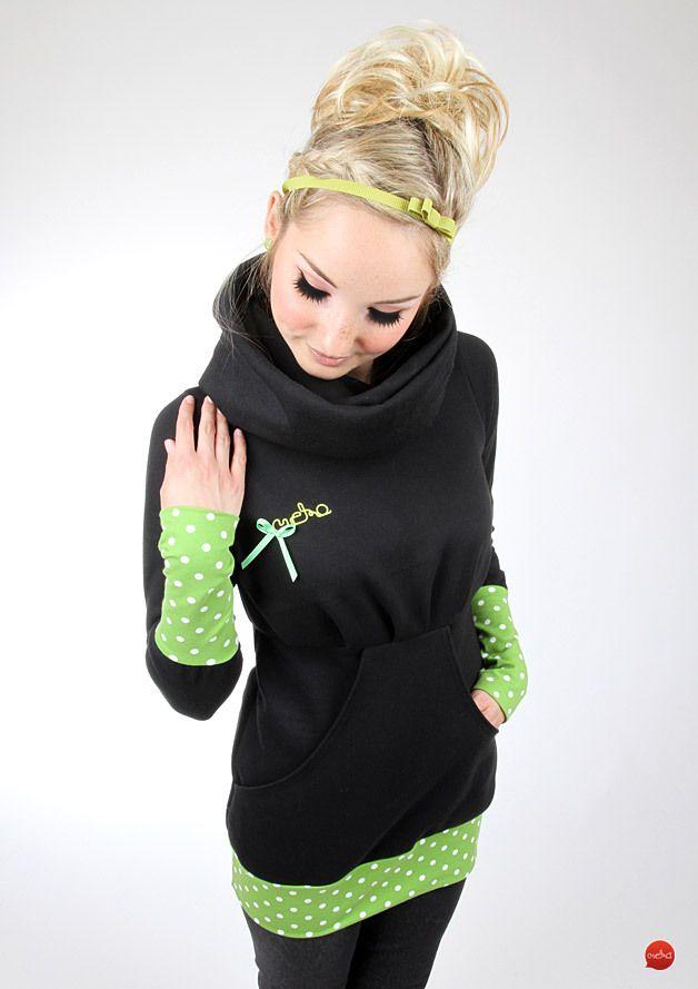 Dieser gemütliche Hoodie aus kuschligem Sweat mit Allover-Streifen-Print…