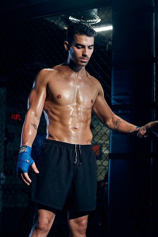 Joe Jonas #MuscleGuys