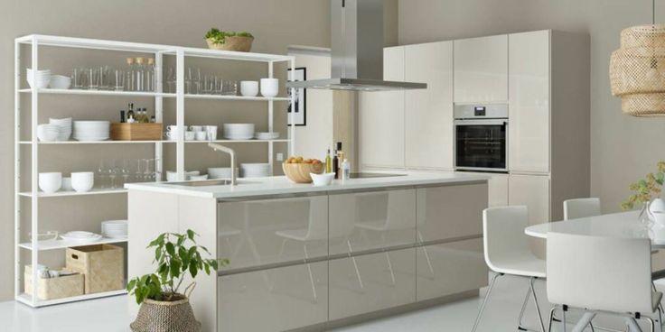 Oltre 25 fantastiche idee su ripiani per cucina su - Tazze colazione ikea ...