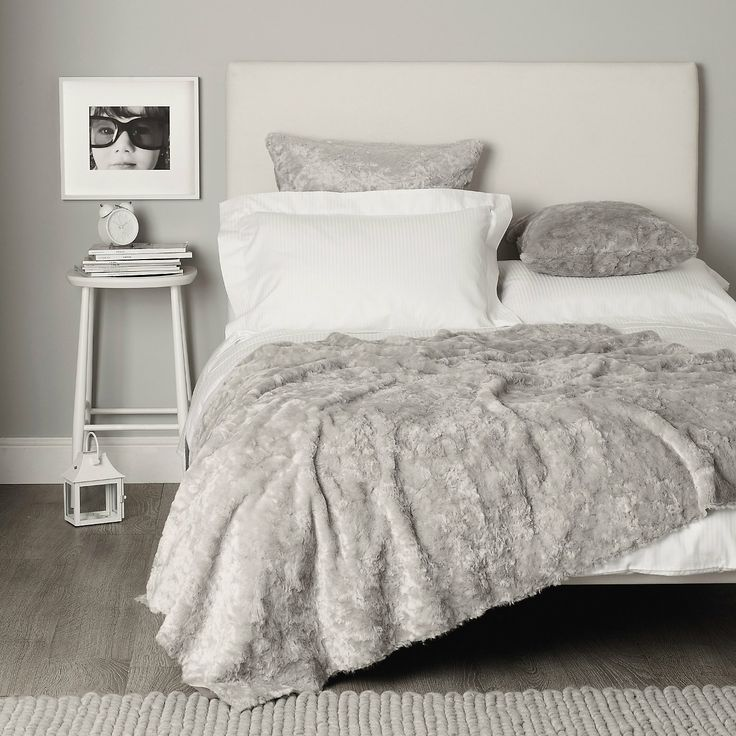 Textured Faux Fur Throw Silver The White Company