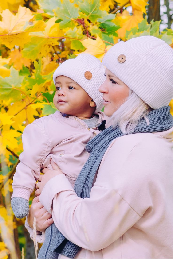 Momma and baby Beanie look. Blush and white fall look for kids and Women.