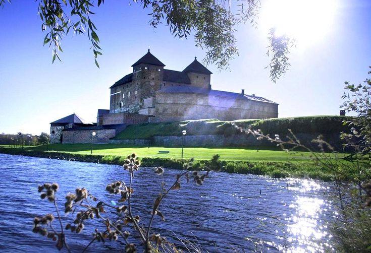 Hämeen linna perustettiin tiettävästi Birger Jaarlin tekemän ristiretken jälkeen 1200-luvun lopulla.