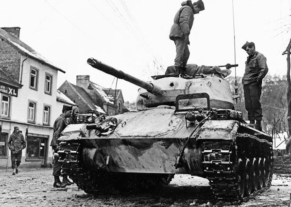 Troops of the 82nd Airborne Division inspect the new M24 Chaffee tank in Nonceveux, 19 January 1945. #WW2