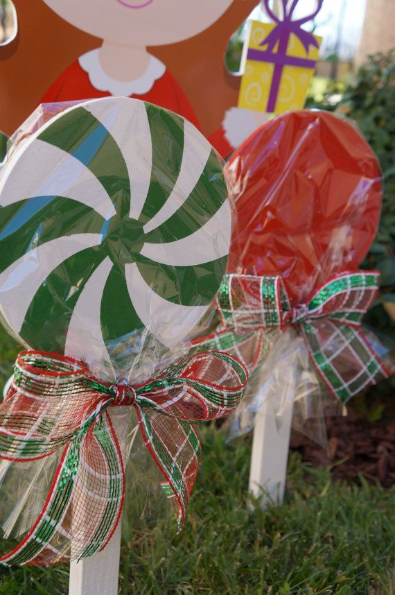 Wooden Christmas Lollipops for yard decorations by LollipopsGalore