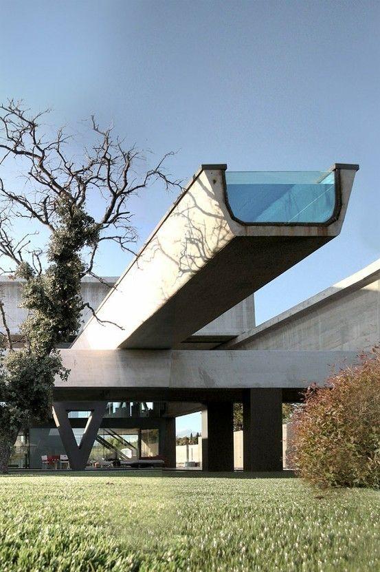 21 best modern pool cantilevered images on pinterest for Pool design auckland