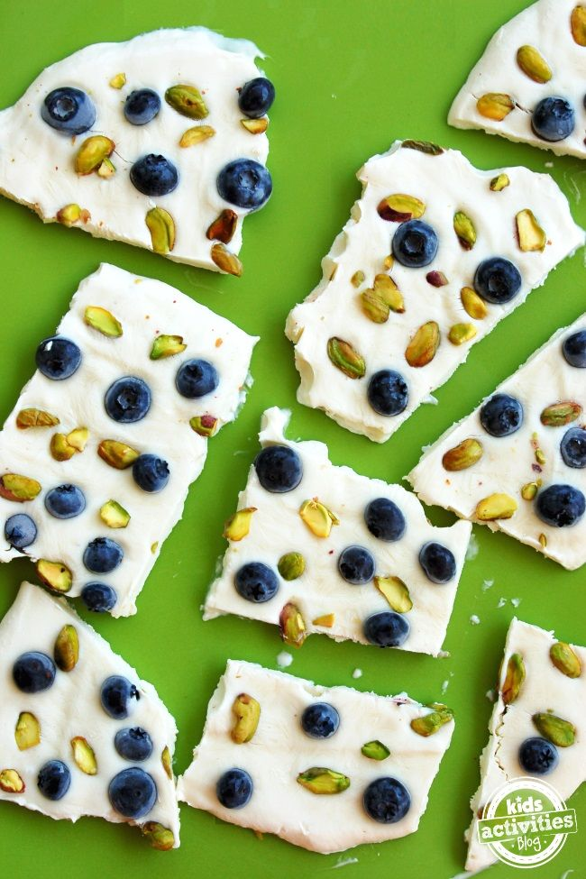 How to Make Yogurt Bars - great kid food!  Perfect for an at-home healthy snack kids will love.
