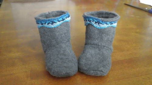 Baby Winter Boots - CLOTHING  Great tutorial