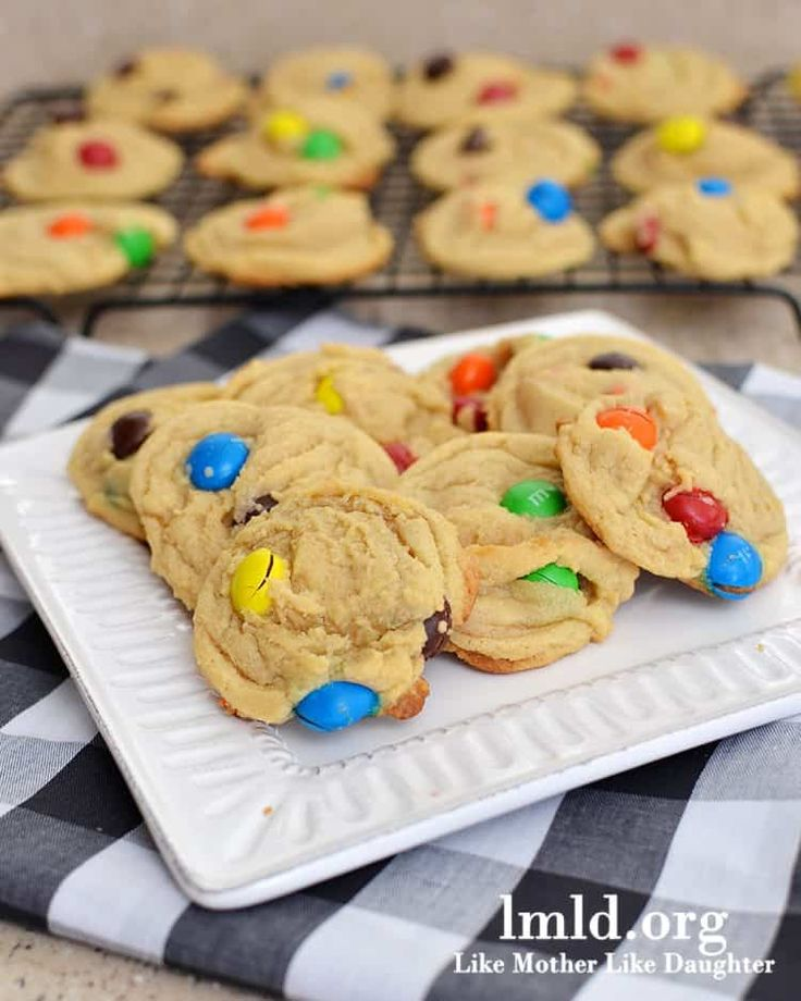 These are not peanut butter cookies with m&ms. These are pudding cookies with peanut butter m&ms. Peanut butter m&ms are one of my favorite candies in the whole world. They are a perfect mix of chocolate and peanut butter, with that crispy hard shell. Delicious. And m&m cookies are perfection too. I seriously love seeing...Read More »