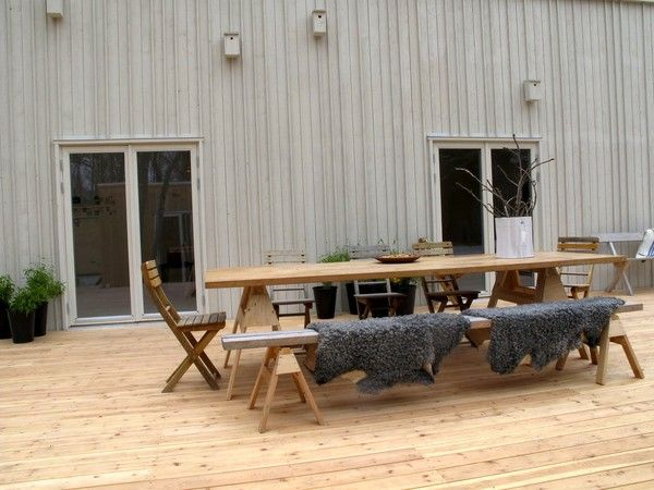 """Now HERE'S a nice big long picnic table more befitting to our yard.  Love the idea of the """"padded seats"""" too!"""