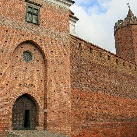 Dostarczylismy cegły do zamku w Łęczycy :)