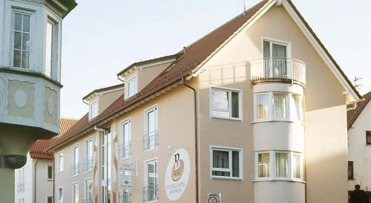 Businesshotel HEILBRONN- Biberach Heilbronn Just a 5-minute drive from the Böllinger Höfe Business Park, this 3-star hotel in the Biberach district of Heilbronn offers free Wi-Fi internet, regional food, and great motorway connections.