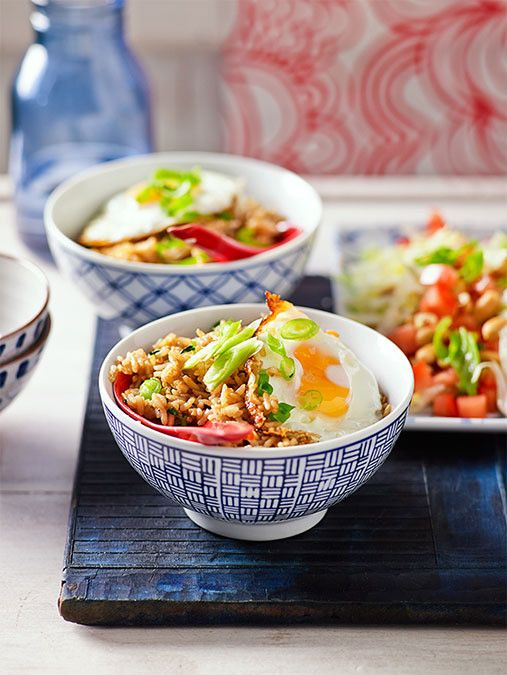When it's this easy to cook fast and fresh Asian at home why would you go out for takeaway?