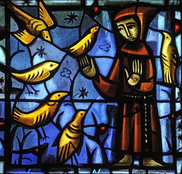 Saint François d'Assise. Vitrail contemporain, œuvre de Frère Eric (Communauté de Taizé). Église Sainte Marie-Madeleine, à Taizé (71).