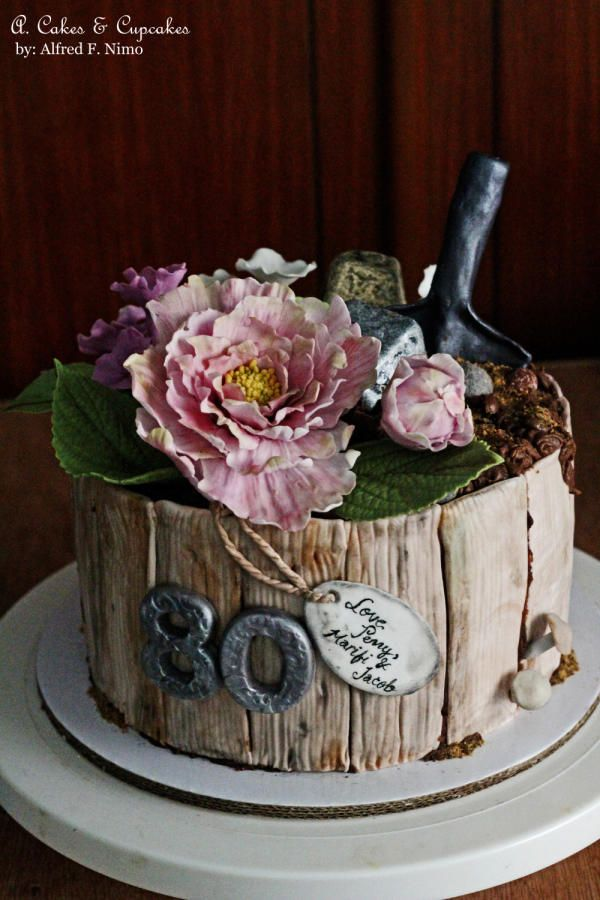 A pot of Beauty by Alfred (A. Cakes & Cupcakes)