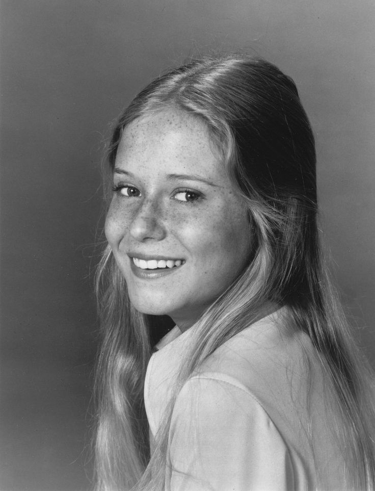 I always thought Jan (Eve Plumb) was absolutely stunning in the brady bunch, but everyone loved Marcia, Marcia, Marcia!