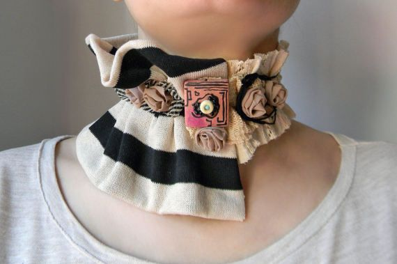 Asymmetrical necklace collar with stripes Fabric wide choker