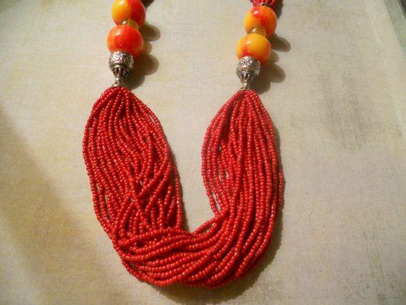 Rode multi Strand zaad kralen halsketting met door RosieandZoe