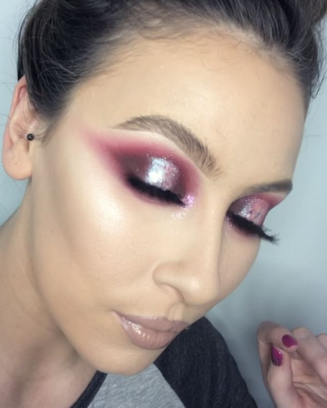 17 Best Ideas About Mobile Makeup Artist On Pinterest | Makeup Artist Toronto Makeup Artist ...