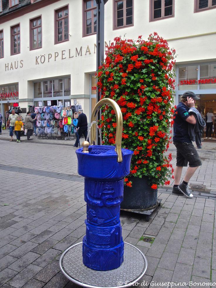 ... fontanella nella zona pedonale della città ... Lippstadt (D) - 27/06/2015   -  ©  Giuseppina Bonomo -