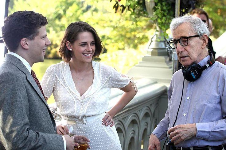 Jesse Eisenberg, Kristen Stewart, and director Woody Allen on set