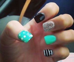 These cute and easy nails are perfect for the girly girl in you!!