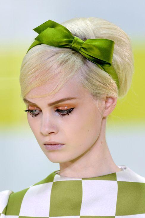 HAIR SNAP:【HAIR SNAP】キッチュで可愛い60年代風アレンジ SPUR(シュプール)