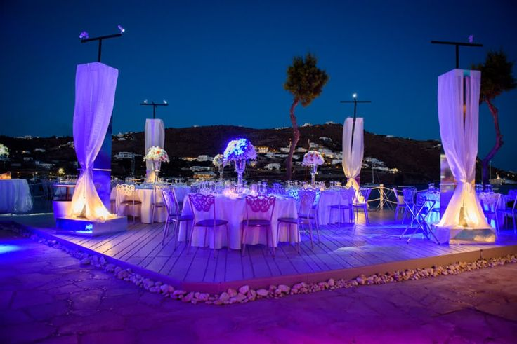 Sun dipping through sparkling waters, the tables set with pristine white table cloths and flowing drapes set off by rich sapphire skies; all that's needed is you to get the party off the ground! #kivotosmykonos #luxuryhotels #luxurylifestyle #exclusiveEvents #kivotosSignatureSuites #weddings #romance #instatraveling http://qoo.ly/hvgiy