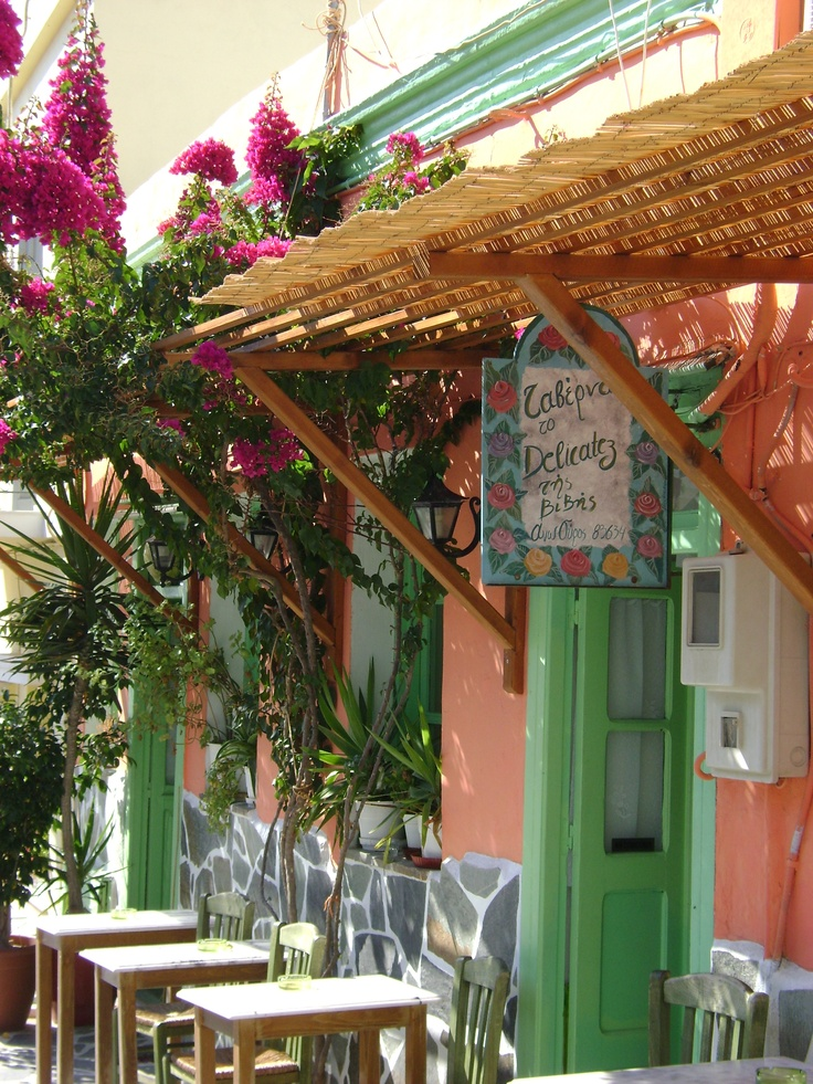 Color in Syros. Pretty(: