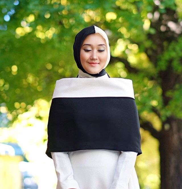 Dian Pelangi | Beauty of Hijab | InstaCrop by Suheri034