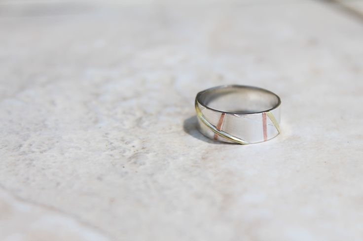 Multi-leveled wire inlay ring (2012)  (Sterling silver, Brass, Copper)