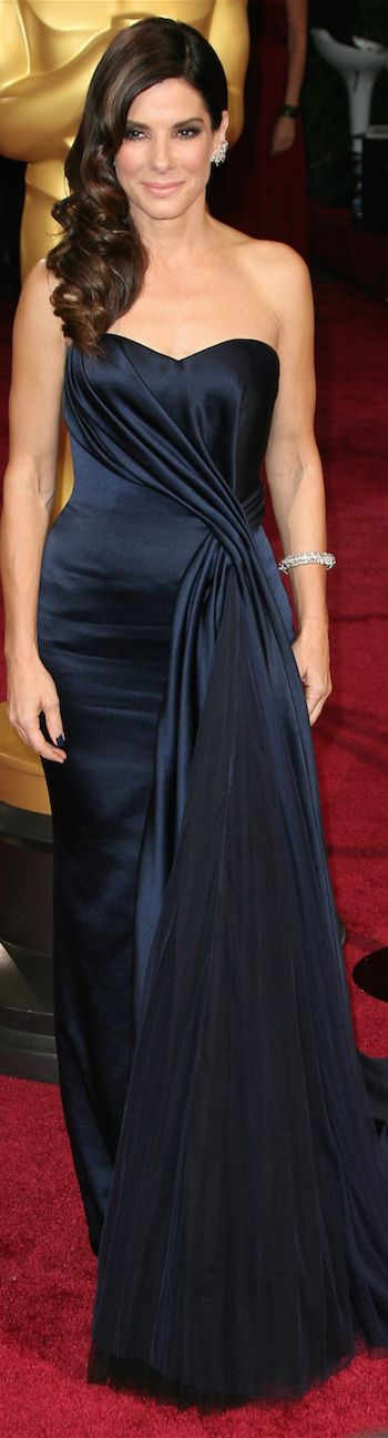 Sandra Bullock in Alexander McQueen  2014 Oscars