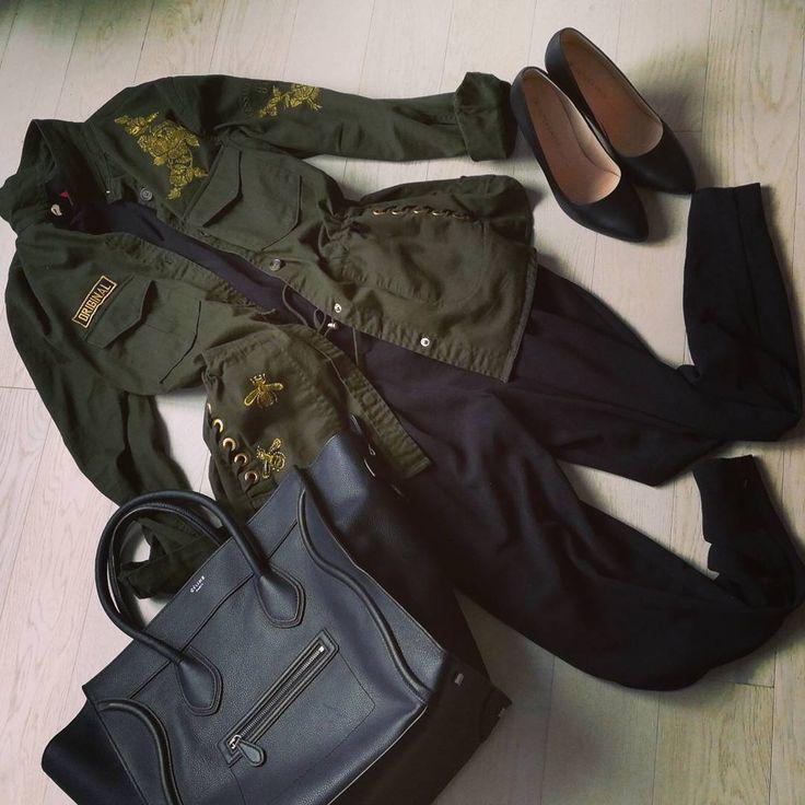 "Gefällt 46 Mal, 1 Kommentare - FASHION SEINE (@fashionseine) auf Instagram: ""Ootd:dressing down my black jumpsuit with a military jacket #ootd #militaryjacket #guess #bag…"""