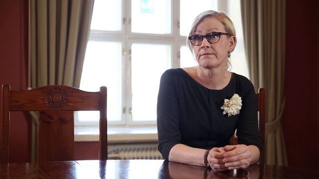 Ihmiskauppa on koko EU:n ongelma - Myös Suomen. Vähemmistövaltuutettu, kansallinen ihmiskaupparaportoija Eva Biaudet, sekä EU:n ihmiskaupan vastaisen toiminnan koordinaattori Myria Vassiliadou vastaavat kysymyksiin EU:n ihmiskaupan tämänhetkisestä tilasta. www.gogroup.fi