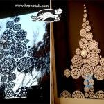 Paper+snowflakes+fir+tree+for+the+window