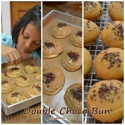 Double Chocolate mexican topping bun Chocolate Coffee mexica topping bun First batch of taiwanese bread - Roti Kopi (Coffee Bread)   bundanya asa