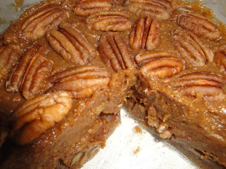 Raw pecan & date pie | Let Them Eat Cake | Pinterest