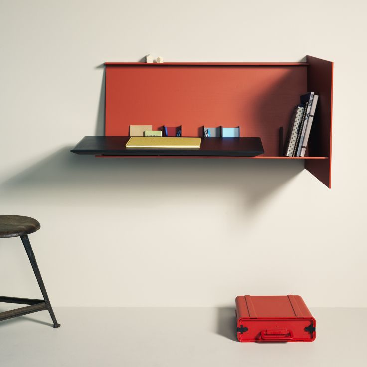 Desk Pad - right one in red