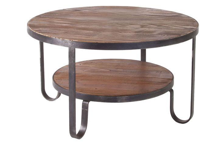 Bolivia soffbord i furu och metall. Den vackra furun med sin antikbehandlade finish möter den rustika metallen för en känsla av orienten i ditt vardagsrum. Soffbordet finns också i andra storlekar.