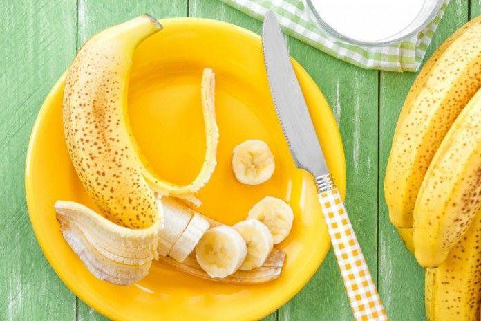УТРЕННЯЯ ЯПОНСКАЯ ДИЕТА ПОМОЖЕТ ХУДЕТЬ НА КИЛОГРАММ В ДЕНЬ!          Ешьте бананы каждое утро и теряйте за неделю до 7 кг — звучит привлекательно, да? А самое привлекательное — то, что эта диета реально существует и реально работает! Что еще лучше, она не требует от вас каких-то чрезмерных усилий. Потому в целом свои привычки в питании менять не обязательно. Именно поэтому эта диета стала такой популярной.