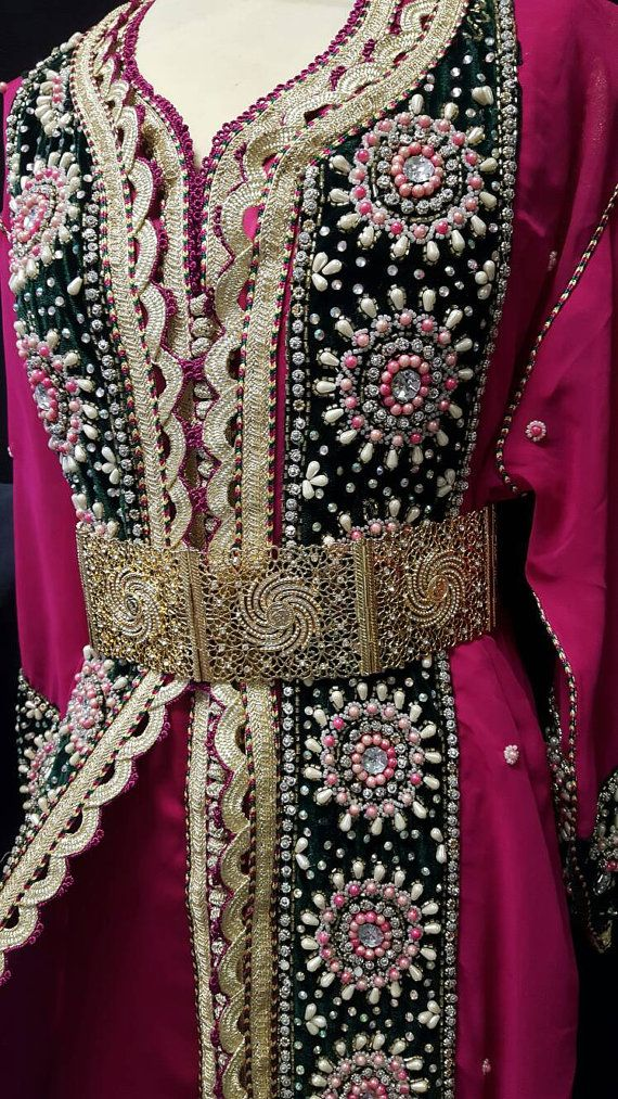 Caftan sari Indien Robe de Mariage Rose Rouge par Sheherazadesign