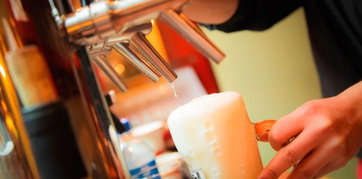 La cerveza Belga es declarada Patrimonio Inmaterial de la Humanidad por la UNESCO La bebida alcohólica social por excelencia. En reuniones de amigos, en citas de pareja, suele ser la opción número uno. Aunque la cerveza es mucho más que su cualidad de aunar voluntades. Cada cerveza esconde una tradición, un contexto, una historia. En algunos países, constituye un símbolo nacional. Es el caso de Bélgica.