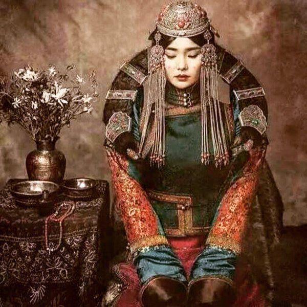 Mongolian Fashion Women