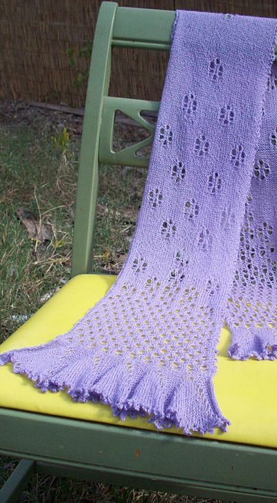 Free Knitting Pattern For Ruffled Shawl : Free knitting pattern; lacey ruffled scarf Knitting Pinterest Scarfs, P...