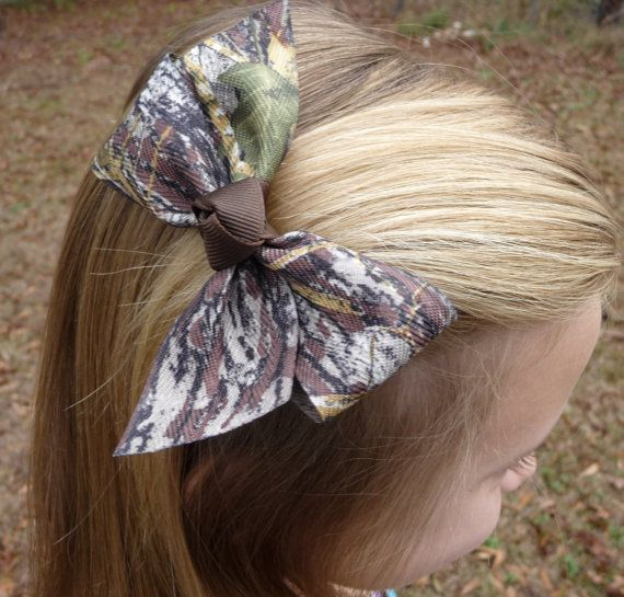 Simple Mossy Oak Camo Bow by bowsforthebelle on Etsy, $2.60