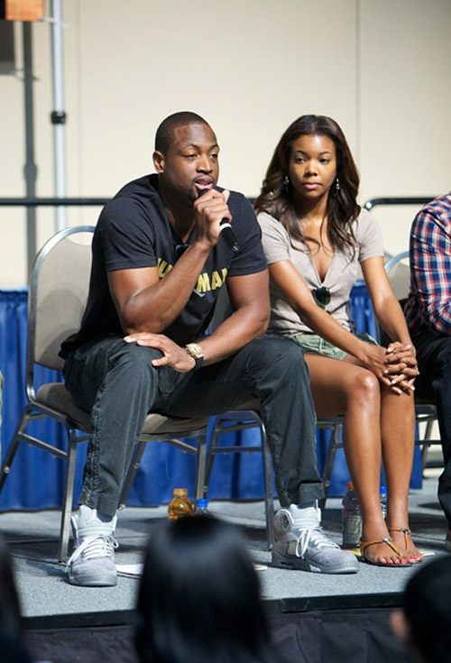 the latest ca97d 9286a ... Wolf Grey on feet   pants - YouTube Dwayne Wade in Air Jordan 5 ...